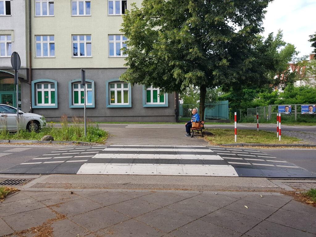 Toruń przejście dla pieszych